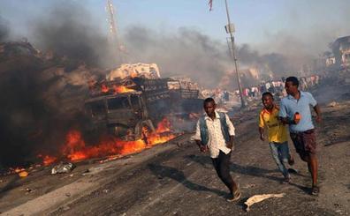 Asciende a más de 300 el número de muertos en un atentado en Somalia