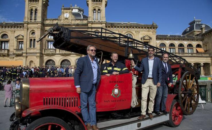 Donostia homenajea a los bomberos en su 150 aniversario