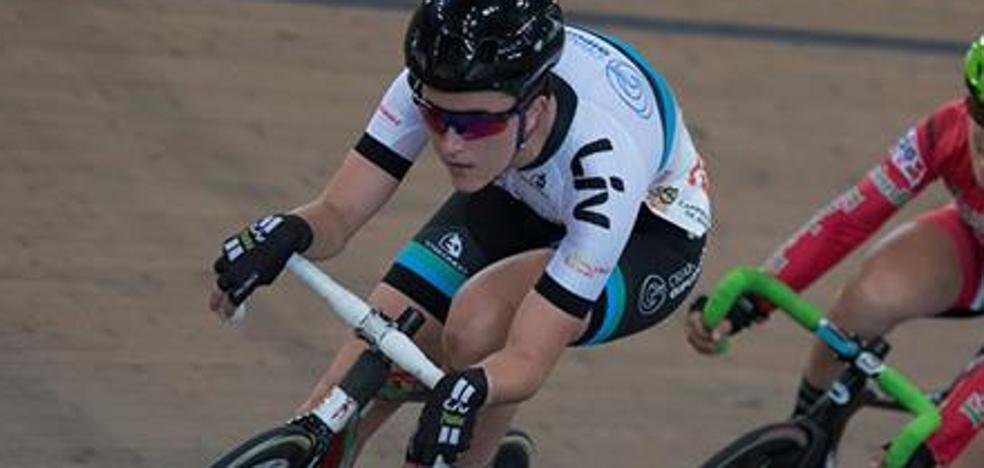 De la portería del Tolosa a campeona sobre la bici