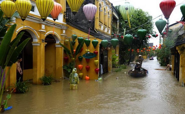 Secuelas del tifón Damrey en Vietnam