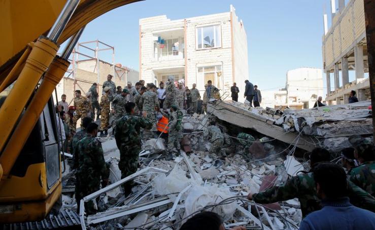 Más de 300 muertos y casi 4.000 heridos en un terremoto en Irán