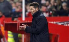 Tres partidos de suspensión a Simeone por ser expulsado y aplaudir al árbitro en Sevilla