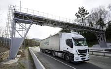 El 90% de los camiones paga el peaje de la N-1 de forma automática
