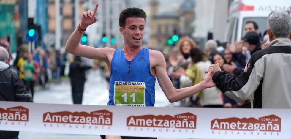 El aragonés Carlos Mayo gana al sprint el cross de la Gimnástica de Ulia
