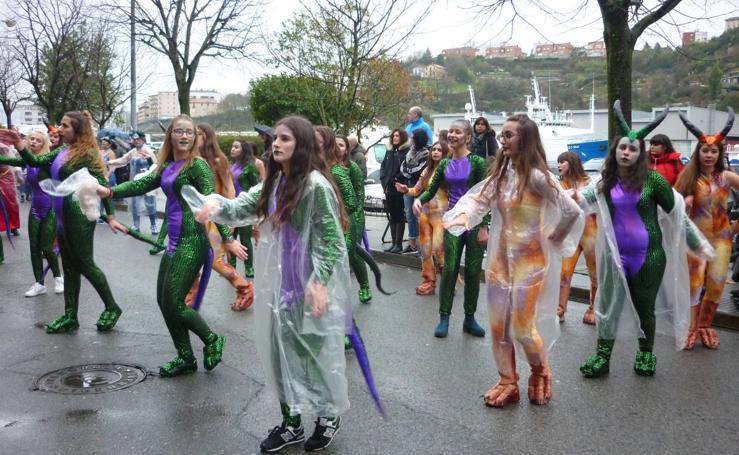 El Carnaval se despide con ritmo en Pasaia