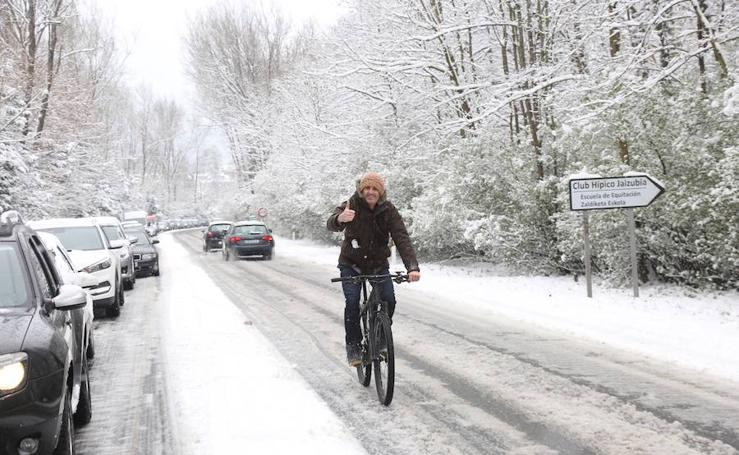 Hondarribia bajo la nieve