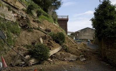 Las cinco familias desalojadas en Igeldo podrán volver a sus casas en los próximos días
