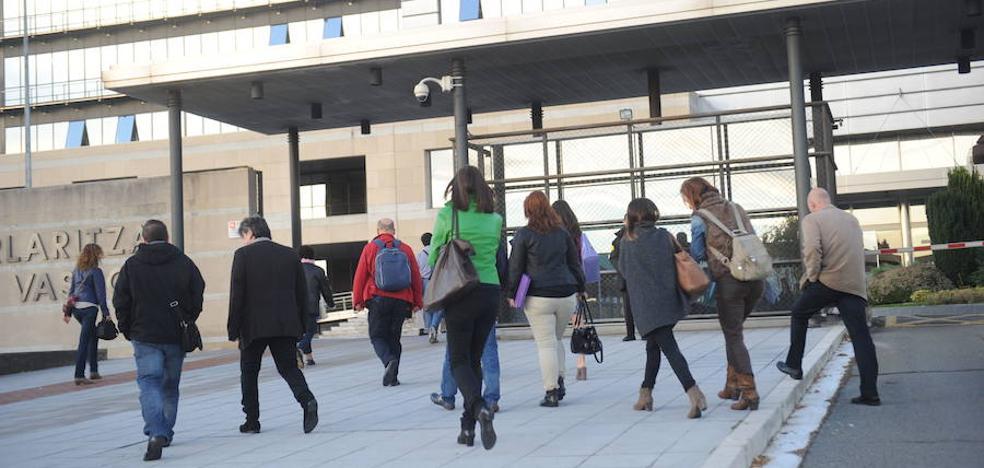 La temporalidad en el sector público vasco se dispara al 34%, máximos en casi una década