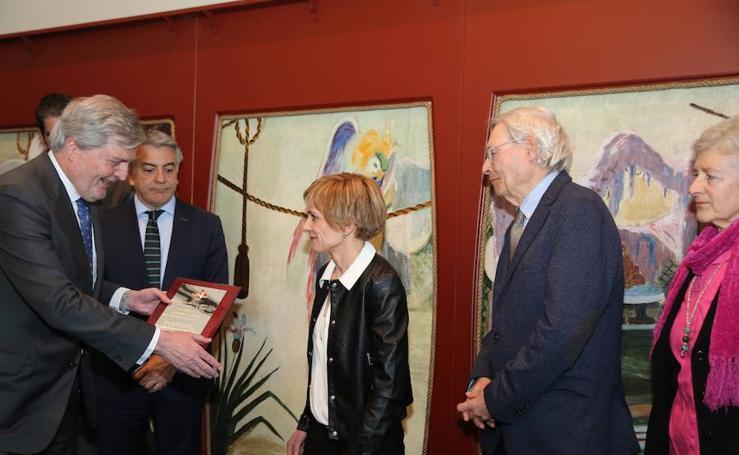 La librería Lagun recibe la Placa de Honor de la Orden Civil de Alfonso X El Sabio