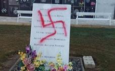 Aparece una esvástica pintada en el monumento sobre las víctimas de Mauthausen en el cementerio de Vinaròs