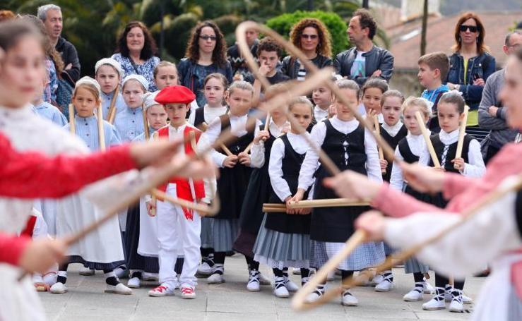 Dantzari Txiki danza