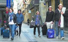 Aparture recurrirá la ordenanza de viviendas para uso turístico de Donostia