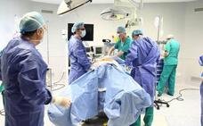 Condenan a Osakidetza a pagar 413.000 euros a una paciente que quedó parapléjica