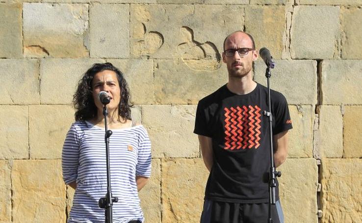Bertsolaris en el Festival Marítimo de Pasaia
