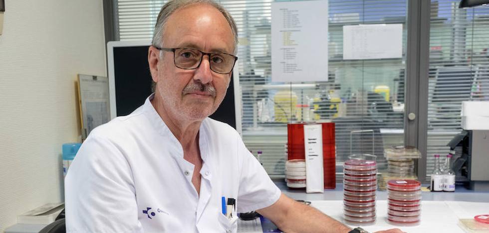 José María García Arenzana: «La resistencia a los antibióticos es una amenaza mundial»