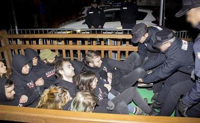 Multas de 7.200 euros por intentar evitar la exposición de la cerda 'Úrsula' en la feria de Santo Tomás de Donostia
