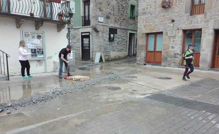 El día después de la tromba de agua en Antzuola y Bergara