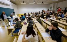 Miles de estudiantes vascos exigen la anulación de la prueba de Matemáticas para las ciencias sociales en la Selectividad