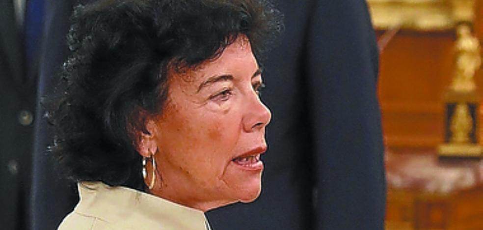 Isabel Celaá: «No creo que el Gobierno que ha creado Sánchez sea para irse en una semana»