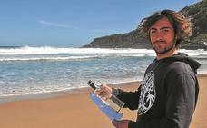 Mensaje en una botella: De un pescador de Terranova a un surfista de Donostia