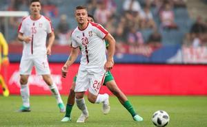 Serbia: talento en el campo, dudas en el banquillo