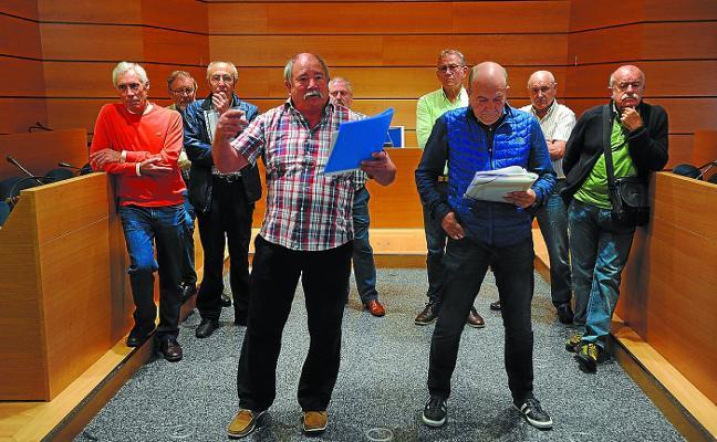 PSE, EH Bildu e Irazabi votan a favor de la moción de la pensión mínima de 1.080 euros