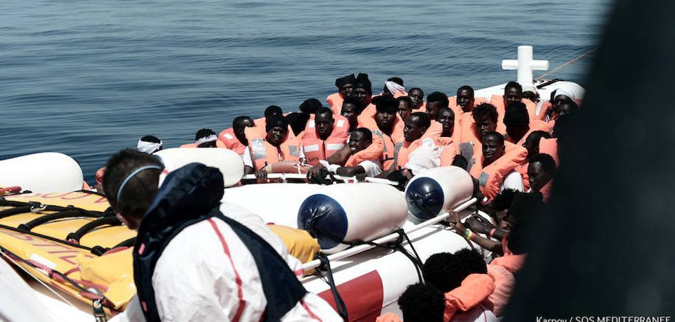 Los inmigrantes del 'Aquarius' recibirán el estatus de refugiados cuando lleguen a Valencia