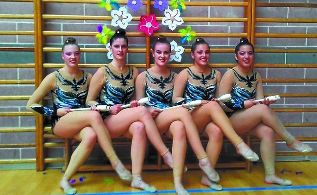 Las gimnastas rítmicas de Zubi Berri despiden una gran campaña