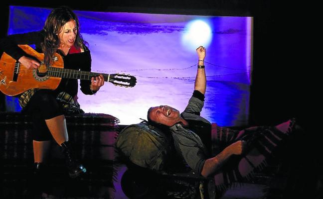 Artedrama representará su obra teatral 'Hozkailua' a beneficio del estudio Shot!