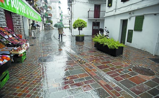 La calle Santiago, acabada en plazo
