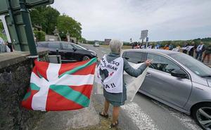 Los partidos, salvo el PP, piden el fin de la dispersión y reconocer el daño causado