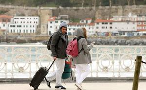 Gasco anuncia avances «en los proximos meses» respecto a la implantacion de la tasa turística