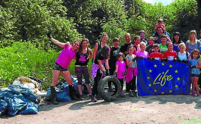 Auzolan para limpieza de los ríos y de los comunales en Baztan