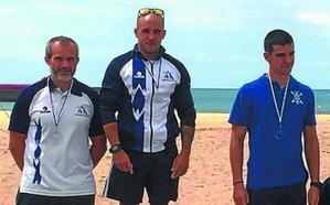 Victoria del palista Aitor Vilariño en la prueba de aguas tranquilas celebrada en Plentzia