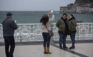 Un estudio del Gobierno Vasco concluye que implantar la tasa turística es competencia foral