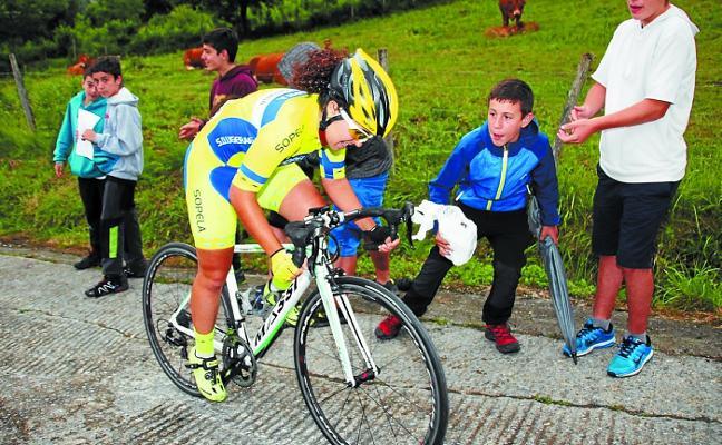 La II Subida a San Martzial reúne hoy a un centenar de ciclistas femeninas
