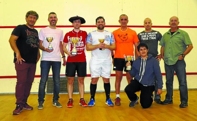 Xabier Azaldegi ganó el Campeonato de Squash
