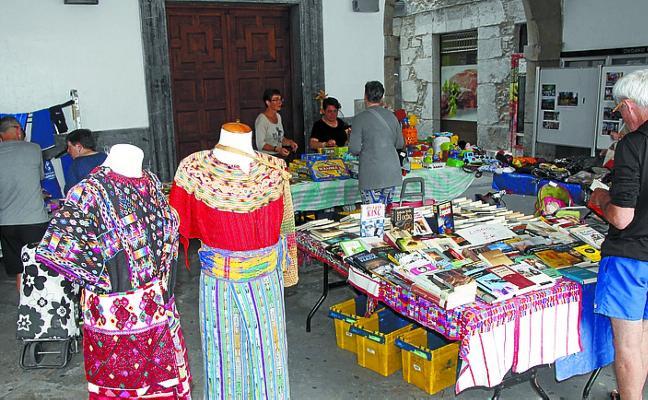 Mercado solidario con Guatemala