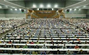Más de 70.000 personas se juegan su futuro este fin de semana en una OPE de Osakidetza bajo sospecha