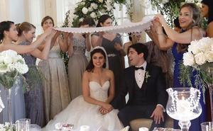 Pareja de 'foodies' se casa por el rito persa en san SebaStián
