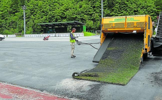 Los campos de hierba artificial de Unbe estarán abiertos en agosto