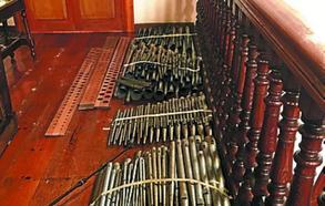 Comienzan las obras de reparación del órgano de la parroquia de Villabona