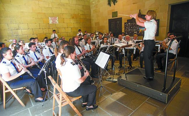 La Banda de Música vuelve mañana a los arkupes