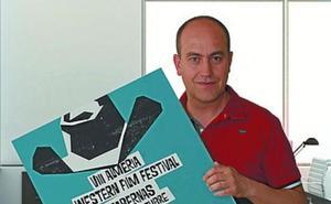 Valen García gana el concurso de carteles del Almería Western Film Festival