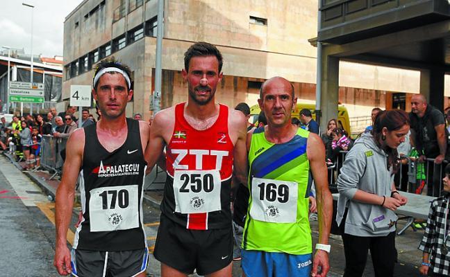 Martín Amilibia fue el primero en cruzar la meta de la Azeri Bila