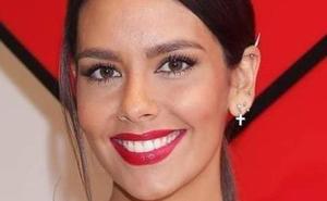 Cristina Pedroche se quita el maquillaje y sorprende con sus fotos: «Parezco un payaso»