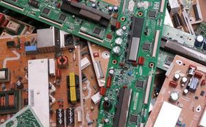 Zer egin txatar elektronikoarekin?