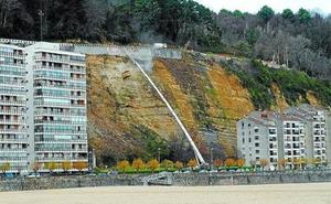 Abierta la carretera al faro de Higuer, en Hondarribia, tras 8 meses de obras