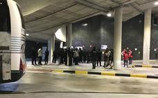 Los 46 inmigrantes abandonados en Donostia pasarán la noche en un albergue de urgencia