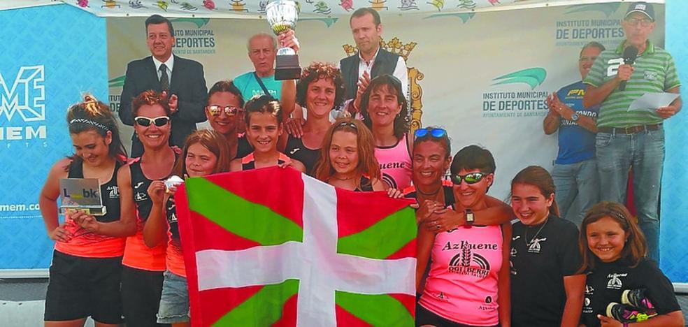 Las atletas del Ogi Berri Azkuene Triatloi Taldea baten su propia marca